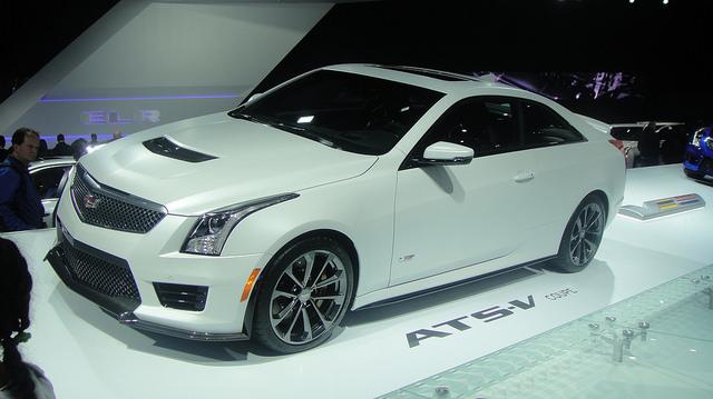 Amerikai autók luxuskivitelben: ilyen a Cadillac 461 lóerős sportkupéja