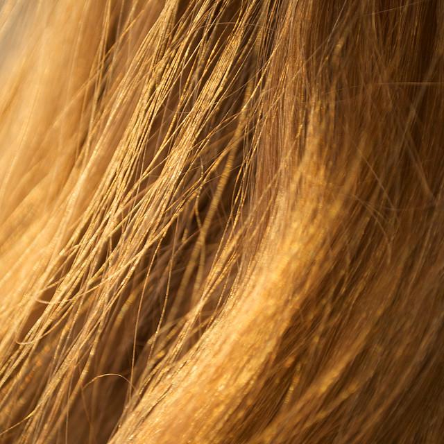Miért zsírosodik a haj? Mert rossz a sampon!