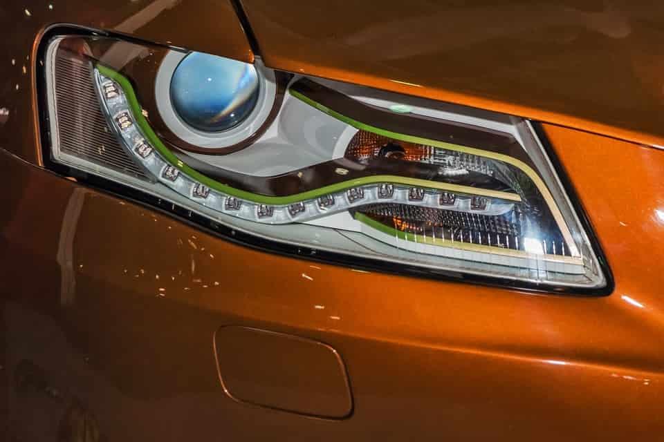 Az autóüveg javítást nem szabad halogatni!