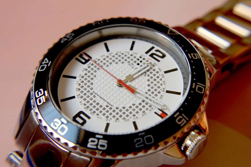 DKNY női óra, a megtestesült elegancia